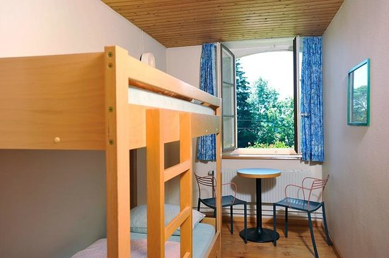 Le Bemont Youth Hostel : Doppelzimmer