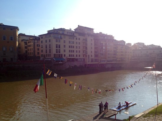 Il Bargello B&B: Very close to Arno River
