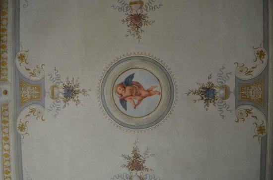 Antica Residenza Cicogna: Soffitto della stanza dei leoni