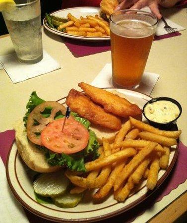 Casey S Saloon Eatery