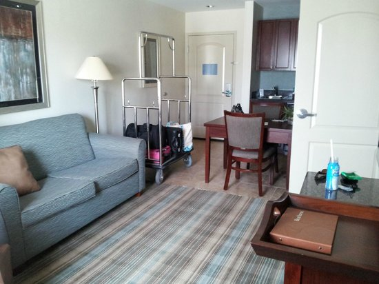 Homewood Suites by Hilton Slidell: Family room / Kitchen