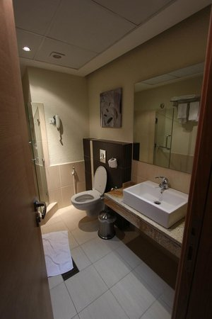 Crystal Hotel : Bathroom