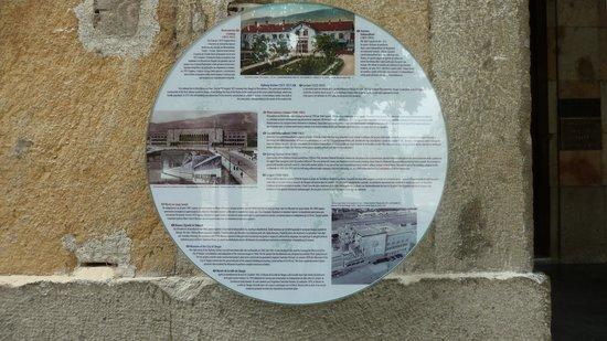 Museum City of Skopje : Erklaerung der Bahnhofsgeschichte