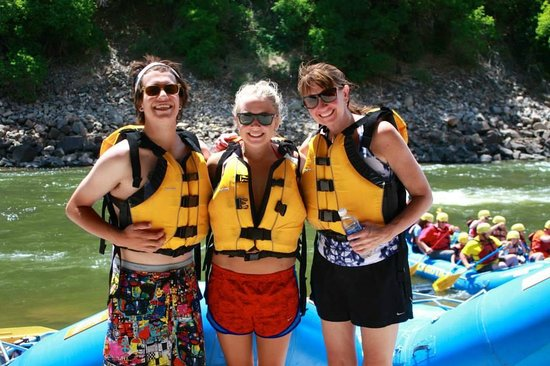 Blue Sky Adventures : Garth, Veronika and Laura... Ready to Raft!!