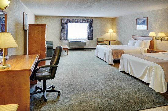Lakeview Inns & Suites - Brooks: Double queen