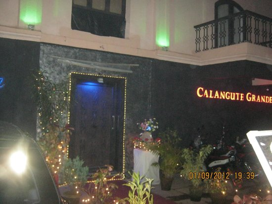 Calangute Grande : front view this hotel