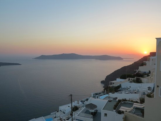 Villa Ilias Caldera Hotel: awesome view with the sunset