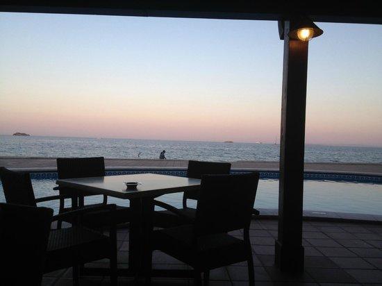 Apartamentos Sal Rossa Ibiza: By night