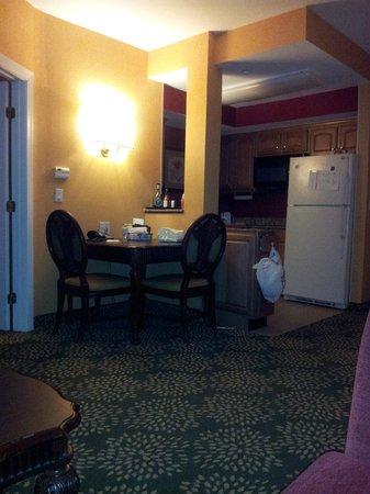 Residence Inn West Orange: Dining for two