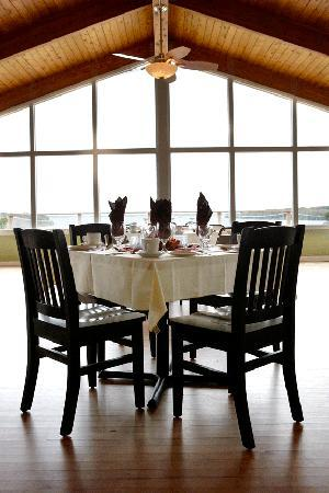 The View Dining Room : getlstd_property_photo
