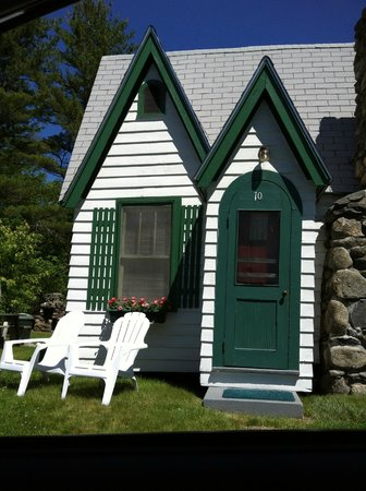 Hearthside Village Cottage Motel: Cottage/ Home sweet home