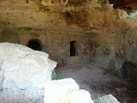Uggiano La Chiesa, Italy: cripta monaci basilianni del 1200