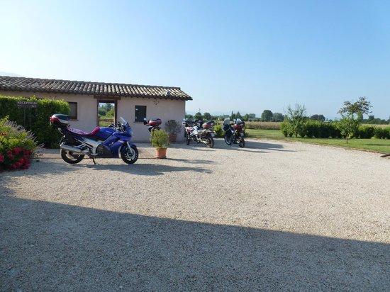 Country House Casco Dell'acqua : Parcheggio