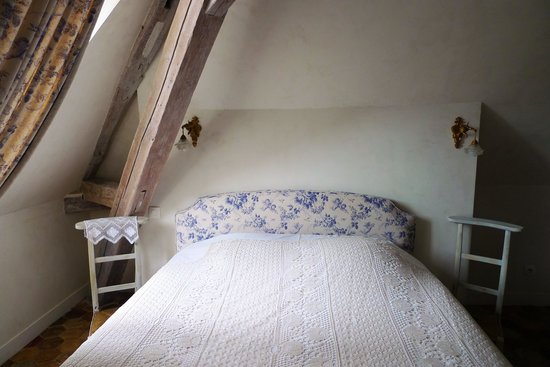 Le Parvis: 大聖堂横のかわいいホテル