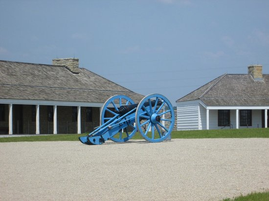 Fort Snelling State Park: Cannon