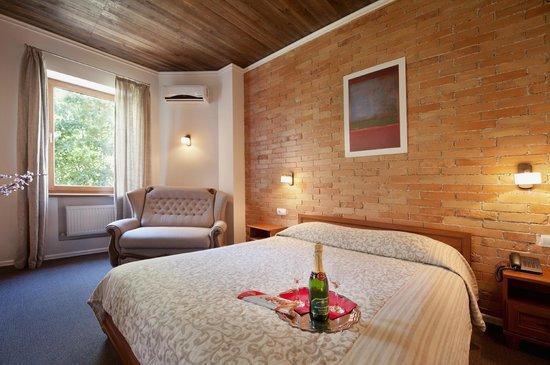 Geneva Park Hotel Photo