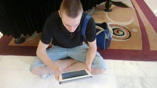 Tong Mao Hotel: В моменты пользования wi-fi...