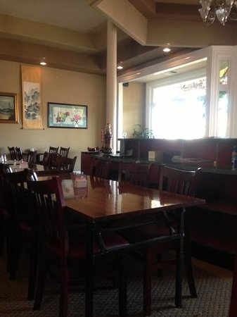 Peter's Steak House: Front