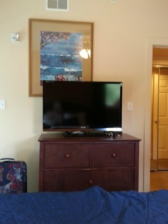 Bent Creek Golf Village : Bedroom with a great TV