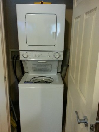Bent Creek Golf Village : YES washer and dryer