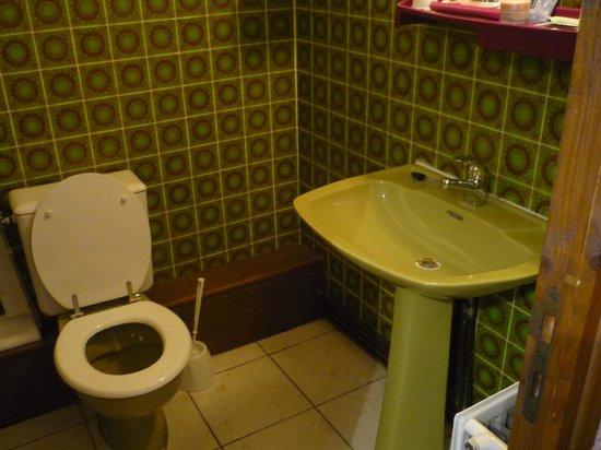 La Peupleraie : salle de bain très propre