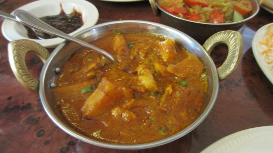 Curry Village Restaurant: Chicken vindaloo