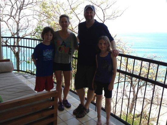 Arenas del Mar Beachfront and Rainforest Resort, Manuel Antonio, Costa Rica: Family photo on our balcony