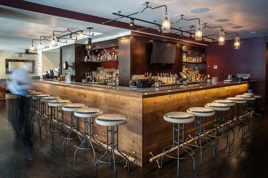 Maya : bar