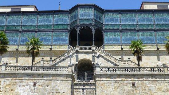 Museo Casa Lis de Art Nouveau y Deco: Daytime view