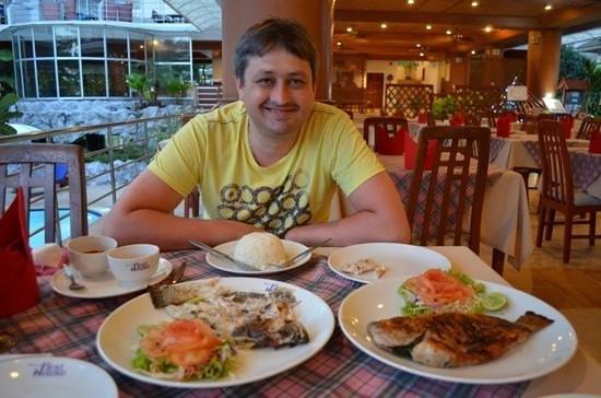 Samui First House Resort: авторские блюда из свежей рыбы - сибас и окунь