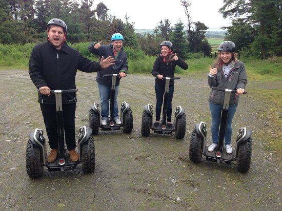 Segway Isle of Man : A group shot half way around the trail.