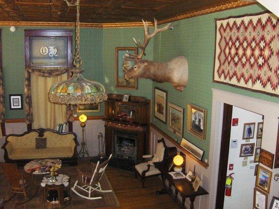 The Historic Occidental Hotel & Saloon and The Virginian Restaurant: Lobby