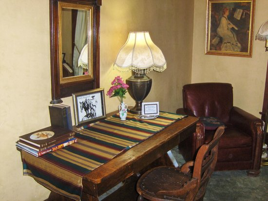 The Historic Occidental Hotel & Saloon and The Virginian Restaurant: Sitting Room-Theodore Roosevelt