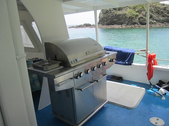 Splash Sports Catamaran Cruises: A great grill where our lunch was cooked fresh