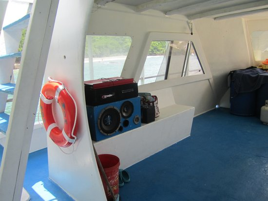 Splash Sports Catamaran Cruises: The sound system provided excellent music