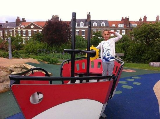 Pannett Park : Ahoy!