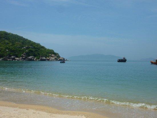 An Lam Ninh Van Bay Villas: вид на море