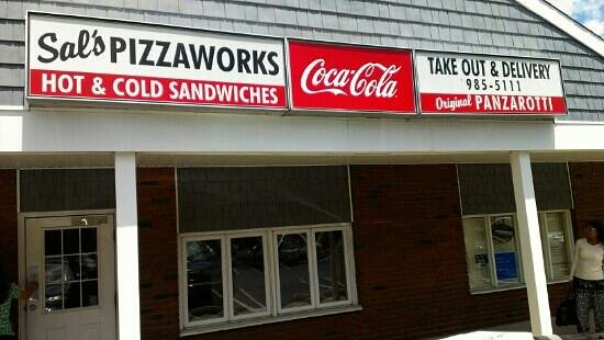 Sal's Pizzaworks: front