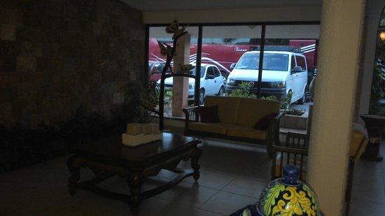 Hotel Las Golondrinas: recepcion