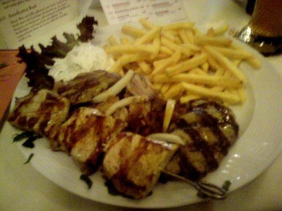 Restaurant POSEIDON: Grillteller.