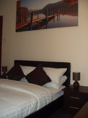 The Glenroy Hotel : One of our double rooms