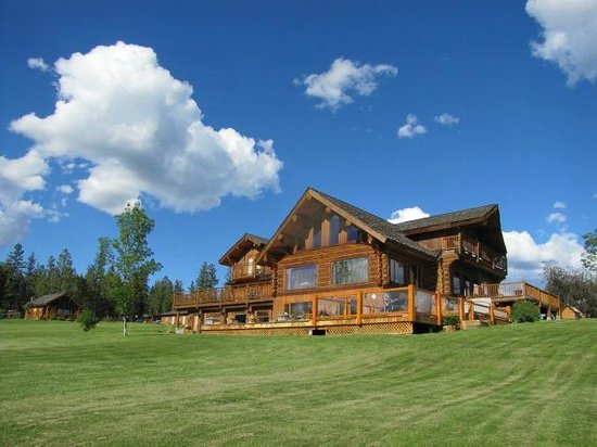 Echo Valley Ranch & Spa: The main lodge