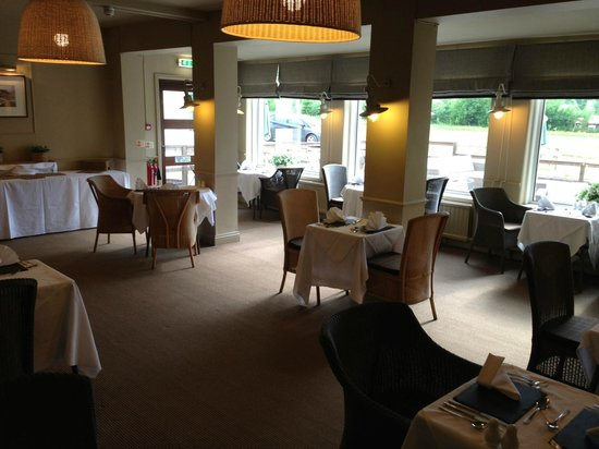 Glencoe Hotel Restaurant: Overzicht restaurant; we waren weer de eerste.