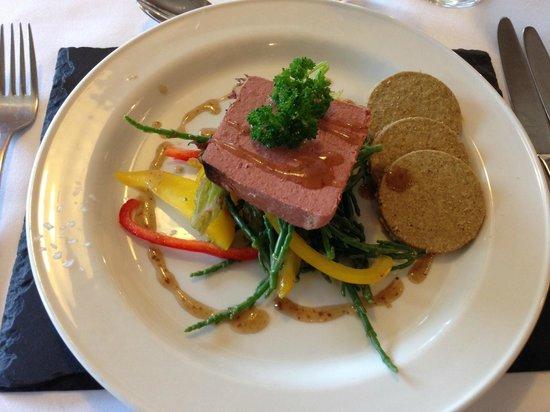 Glencoe Hotel Restaurant: voorgerecht; pate van kip (de tweede dag)