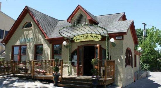 Au Petit Paris Restaurant Houston