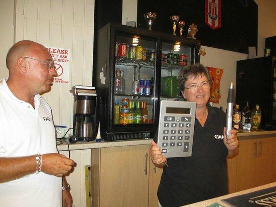 Gerani, Grecia: Paul and Gina at Fazakerleys