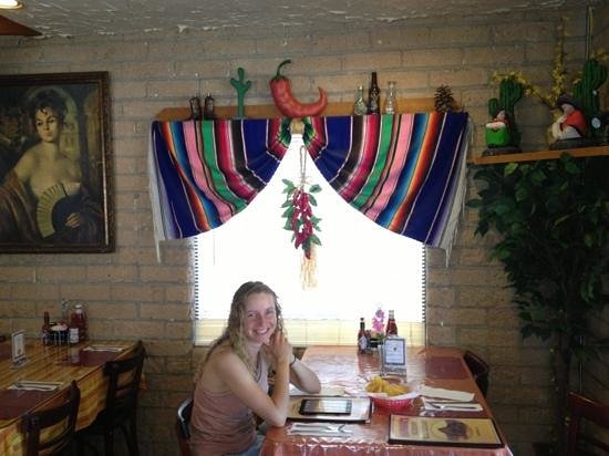 Salvador's Mexican Restaurant: very nice family restaurant...