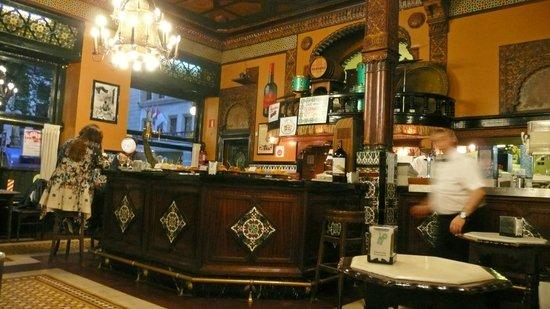 Cafe Iruna : CAFÉ IRUÑA EN BILBAO
