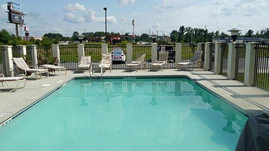 Comfort Suites Cullman : pool