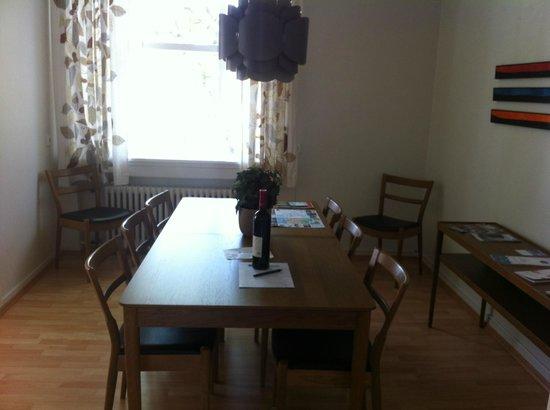 Hansen Apartments: salle à manger